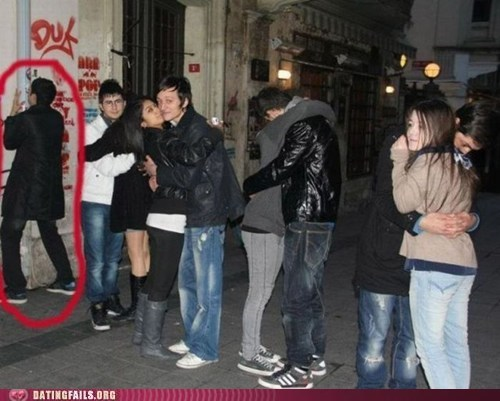 forever alone,kissy kissy,makeout,odd man out,photo op,pole