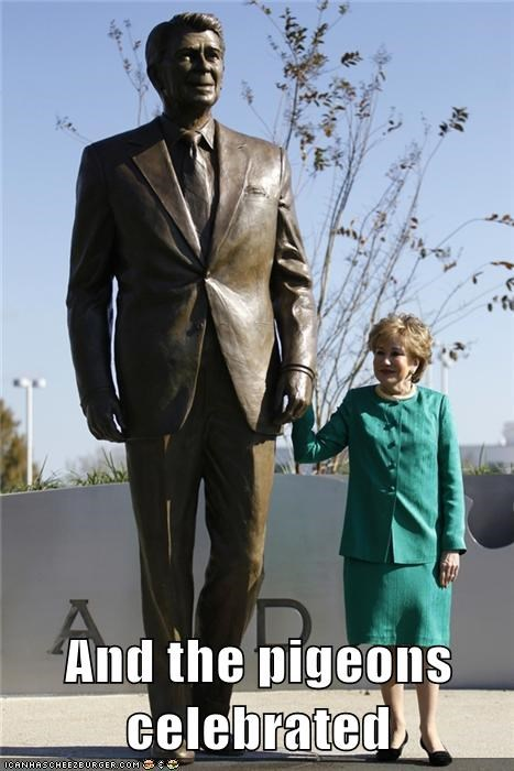 political pictures,Ronald Reagan,statue