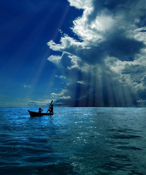 bat,clouds,getaways,Hall of Fame,ocean,rays of light,sunrays,unknown location,water