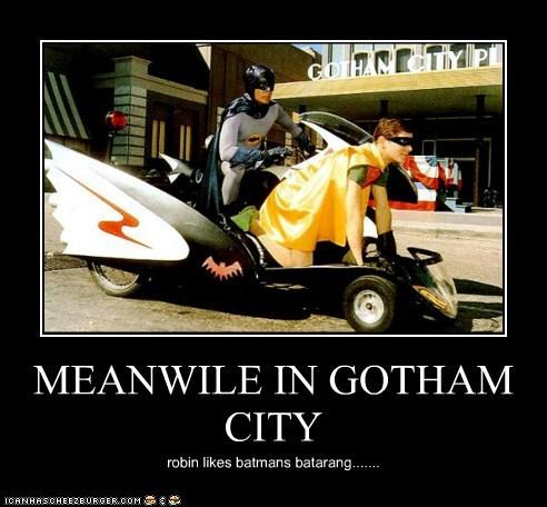 MEANWILE IN GOTHAM CITY robin likes batmans batarang.......