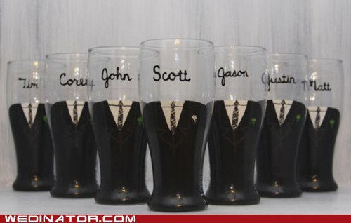 beer,funny wedding photos,Groomsmen
