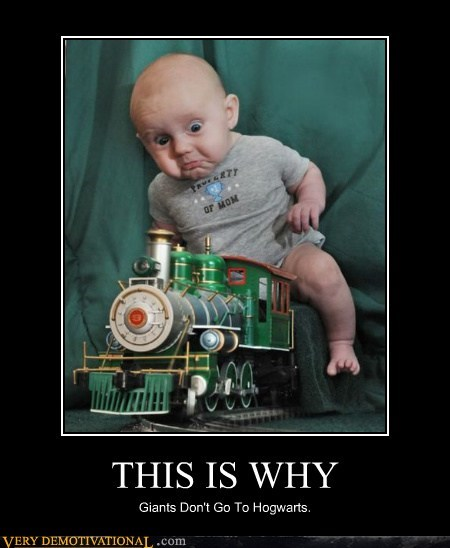 baby,hilarious,Hogwarts,train,wtf