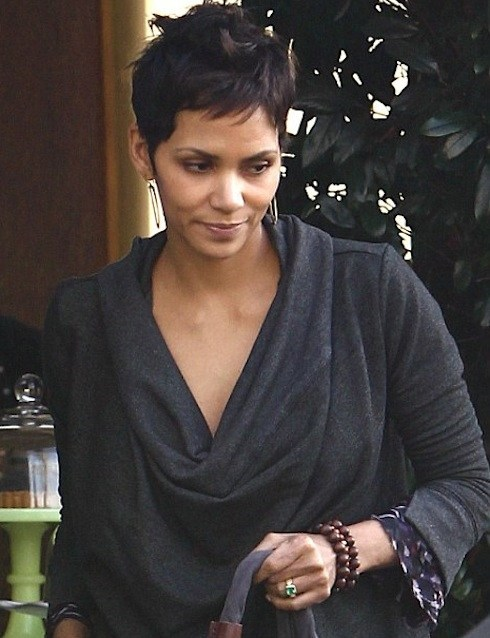 halle berry rumors - 5684733696