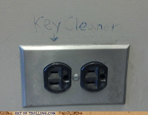 electric,IRL,key cleaner,outlet