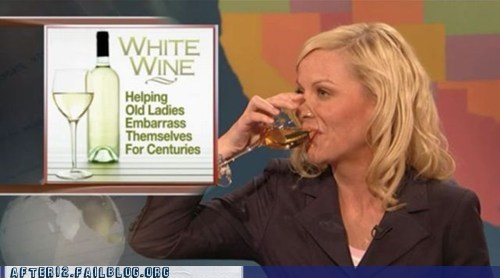 Amy Poehler cougar-time cougars drinking drunk SNL wine - 5685431296