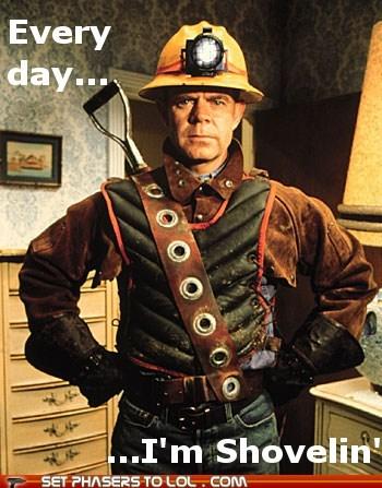 every-day-im-shuffling Movie mystery men Party Rock Anthem shovel william-h-macy - 5699896576