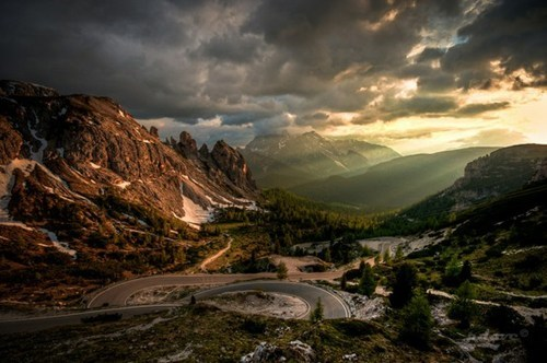 clouds,getaways,horizon,moutains,road,sun rays,unknown location