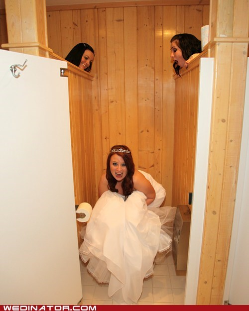 bride bridesmaids funny wedding photos - 5705581568