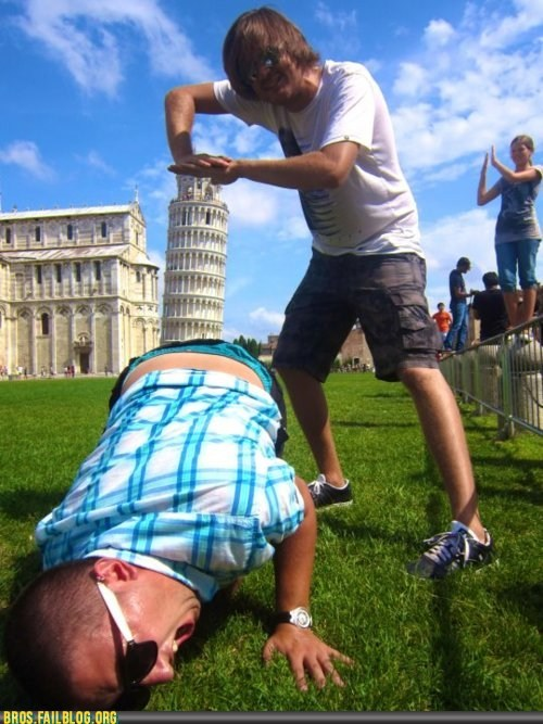 bros,Italy,photo op,so awkward,tourists