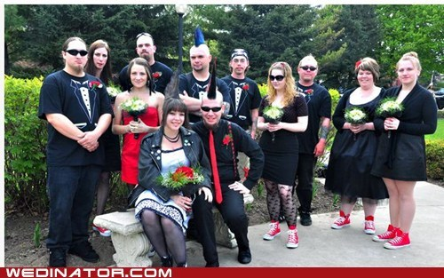 bride funny wedding photos groom punk wedding - 5710024192