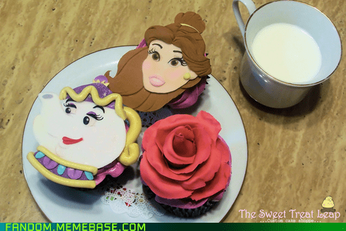 Beauty and the Beast,cupcake,disney,disney princesses,It Came From the Interwebz,noms