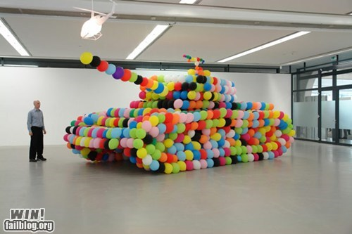 art,Balloons,design,sculpture,tank,war
