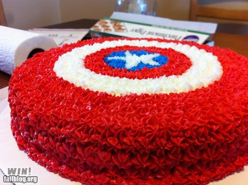 cake,captain america,comic books,dessert,food,nerdgasm,shield