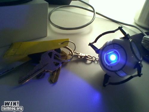 key chain,nerdgasm,Portal,video games,Wheatley