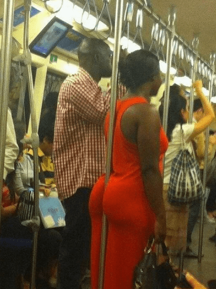 butt buttcrack crack Subway