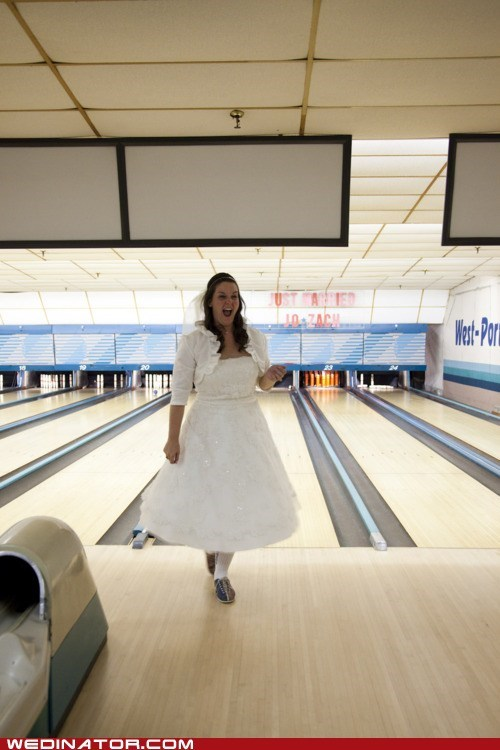 bowling bride funny wedding photos strike - 5764582656