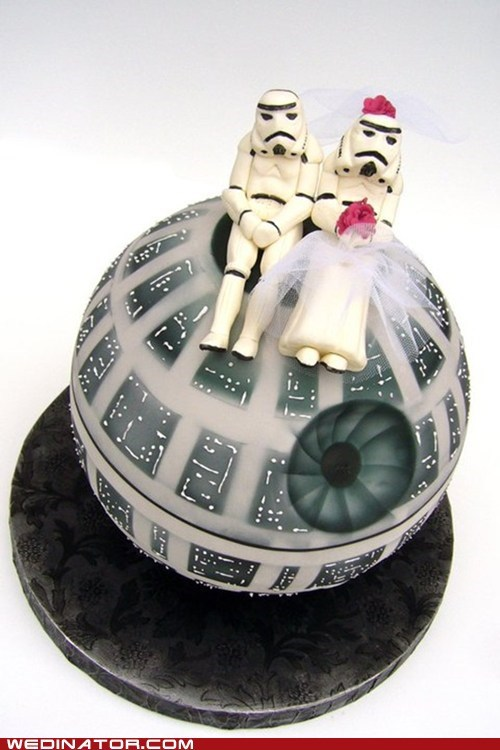 Death Star funny wedding photos Hall of Fame star wars stormtrooper wedding cake