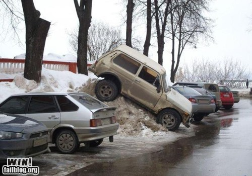 4x4 car driving Like a Boss parking snow
