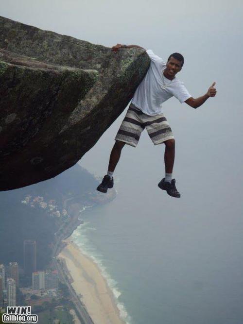 cliffhanger daredevil heights ledge photography trick vertigo - 5778953984