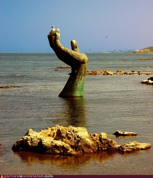 hand,Planet of the Apes,Statue of Liberty,wtf
