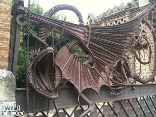 design,dragon,gate,metal,scrap metal