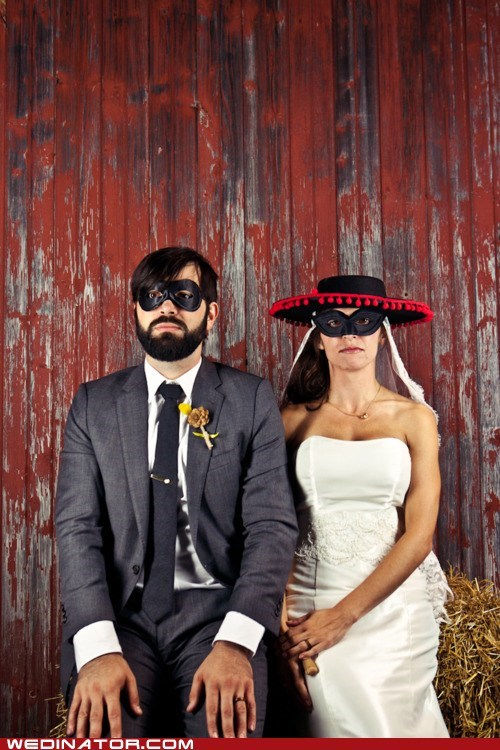 bride,funny wedding photos,groom,masks,zorro