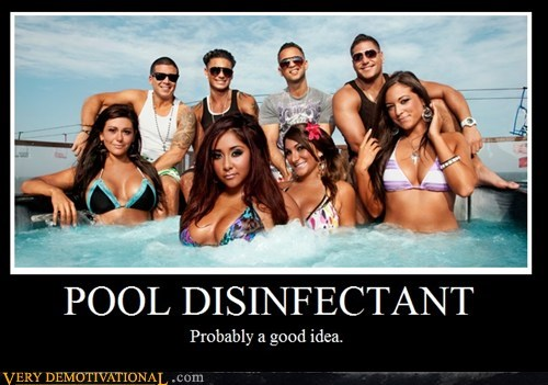 disinfectant,hilarious,jersey shore,pool,snooki