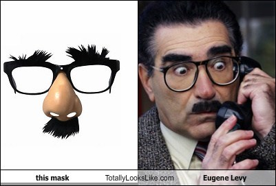 celeb Eugene Levy funny Hall of Fame mask TLL