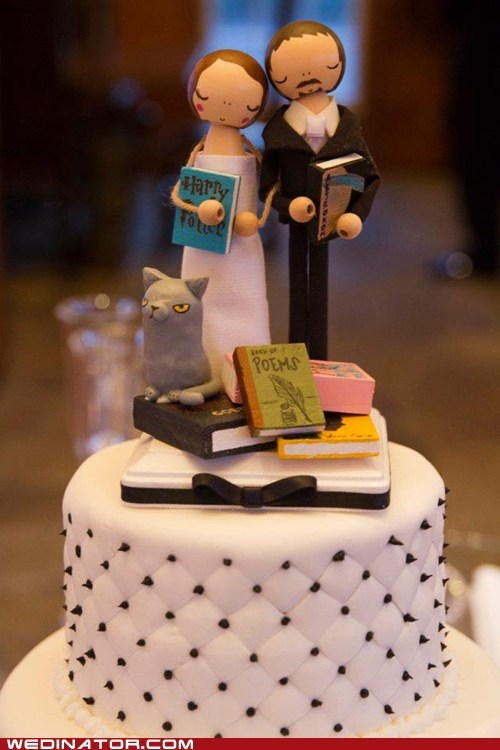 books,bookworms,cake toppers,cakes,funny wedding photos,Hall of Fame