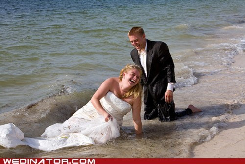 beach,bride,funny wedding photos,grom,oops