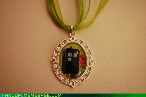 doctor who Fan Art Jewelry tardis - 5869039616