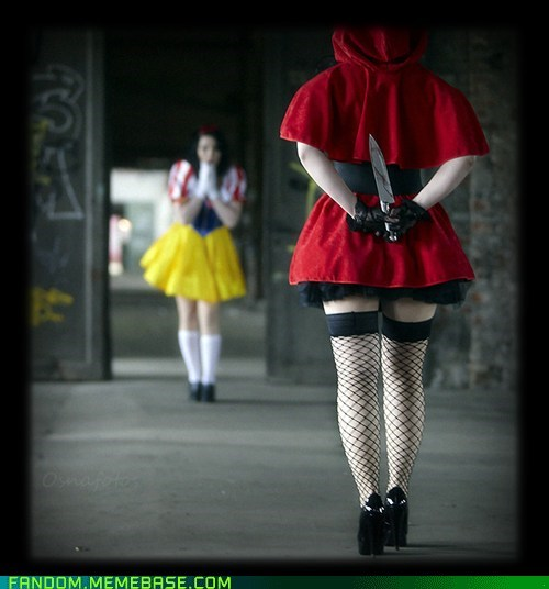 cosplay,creepy,Little Red Riding Hood,snow white
