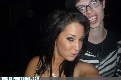 couple duckface Good Times scary teeth - 5876399104