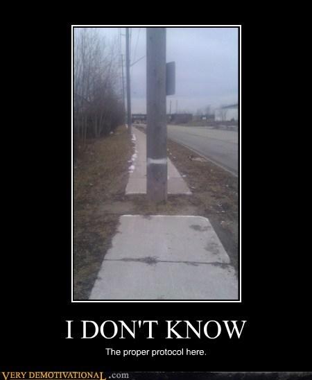 hilarious pole sidewalk wtf - 5883203072