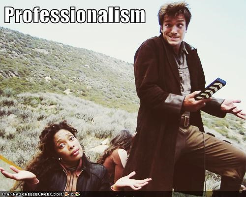 captain malcolm reynolds Firefly funny face gina torres mugging nathan fillion professionalism zoe washburn - 5895145984