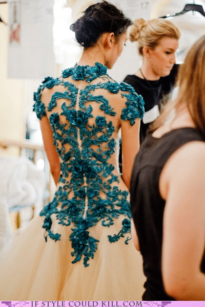 cool accessories detail dresses gowns marchesa runway - 5895521536