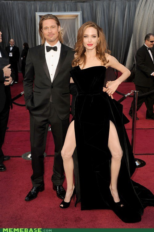 Angelina Jolie legs Memes oscars this-is-a-thing-because-its-weird - 5902510080