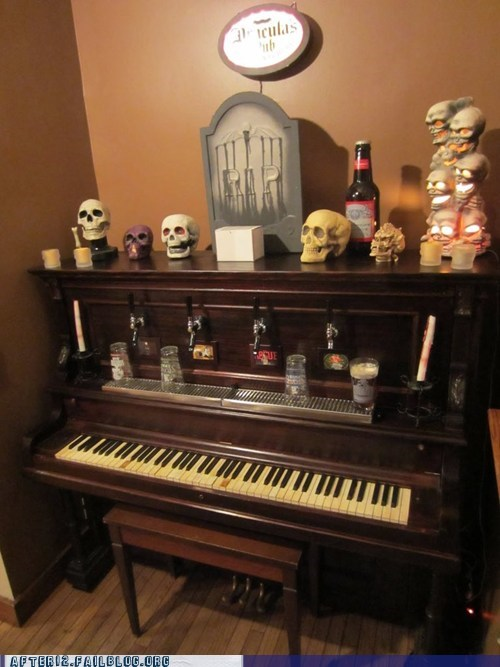 bar,beer,DIY,keg,modification,piano,skull