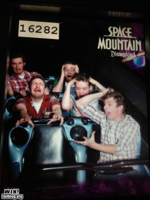 amusement park disneyland missing ride troll - 5911909376