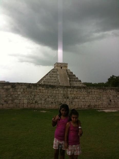 beam of light,chichen itza,glitch,iphone photo,lightning,mayan pyramid,mystery,Nerd News