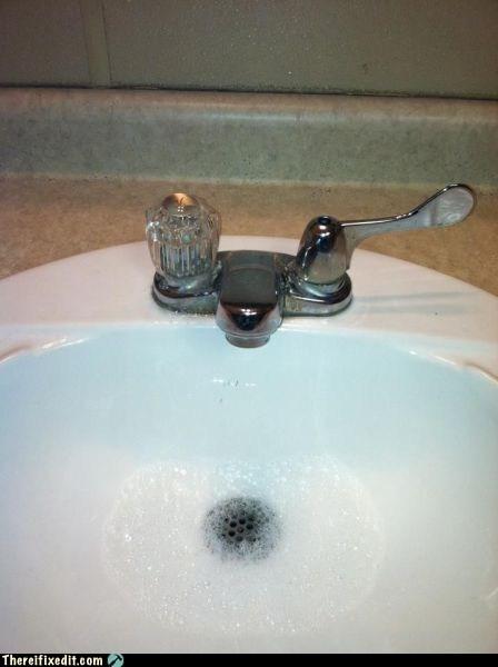 faucet,nozzle,sink