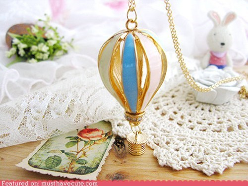 accessories,chain,gold,Hot Air Balloon,Jewelry,necklace,pendant