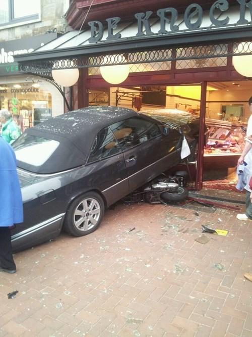 cars crash womenamirite wtf - 5919898112