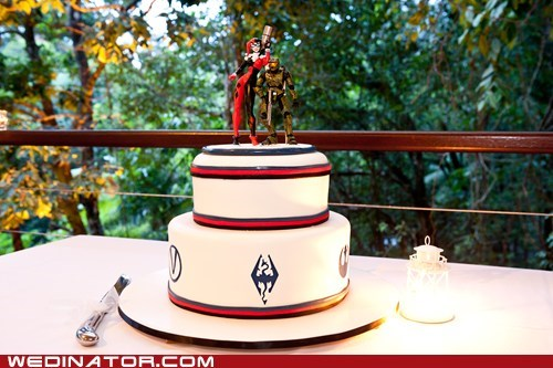 batman funny wedding photos halo Harley Quinn Skyrim wedding cake - 5923775488