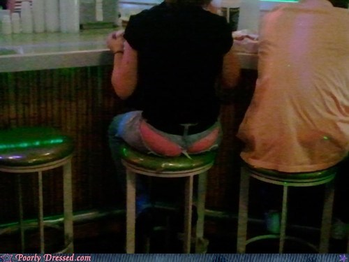 bar crack pants stool underwear