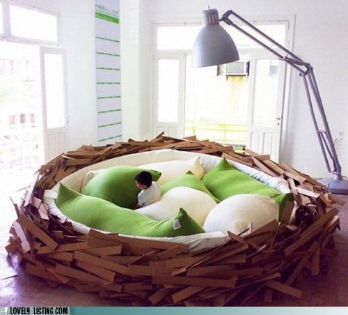 giant,nest,pillows