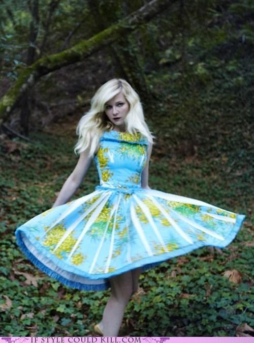 atlas best of the week cool accessories dress Kirsten Dunst map - 5935021312