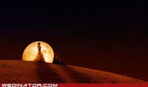 bride,funny wedding photos,groom,moon