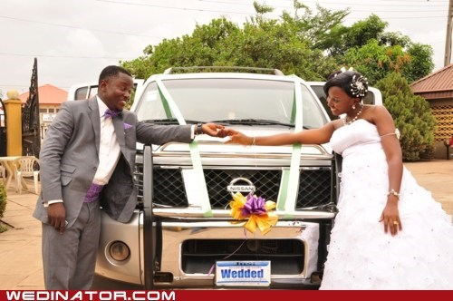 bride car funny wedding photos groom - 5967091200