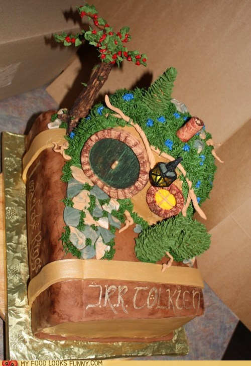 book cake hobbiton Lord of the Rings shire tolkein trees